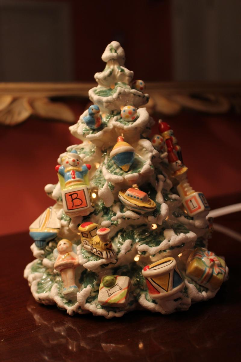 tree of toys - Lighted Christmas Houses